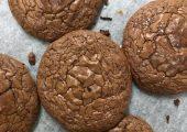 Eugine Brownie Crinkle Cookies Delivery Service